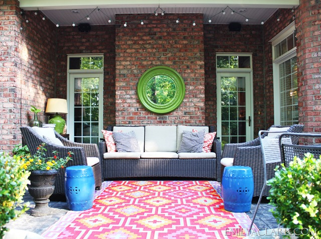 Room decorating before and after makeovers for Decorate small patio area