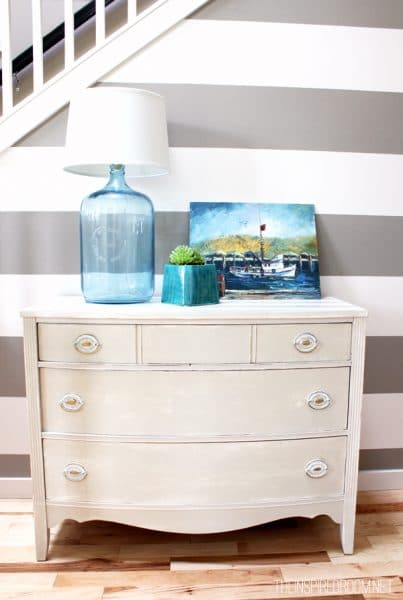 summer decorating entry table