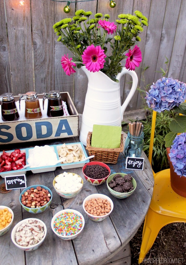 Backyard Ice Cream Party {Summer Fun}