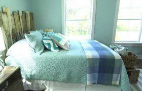 Guest Bedroom Tour {Blog Cabin 2013}