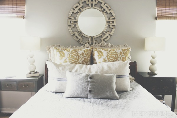 Little Things I Love About Fall @ Home {My Bedroom}