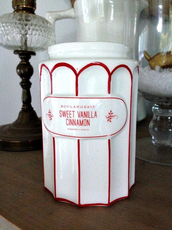 festive vanilla candle