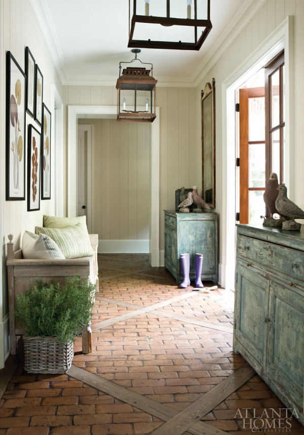 Making the most of hallways entries small rooms the for Mudroom floor ideas