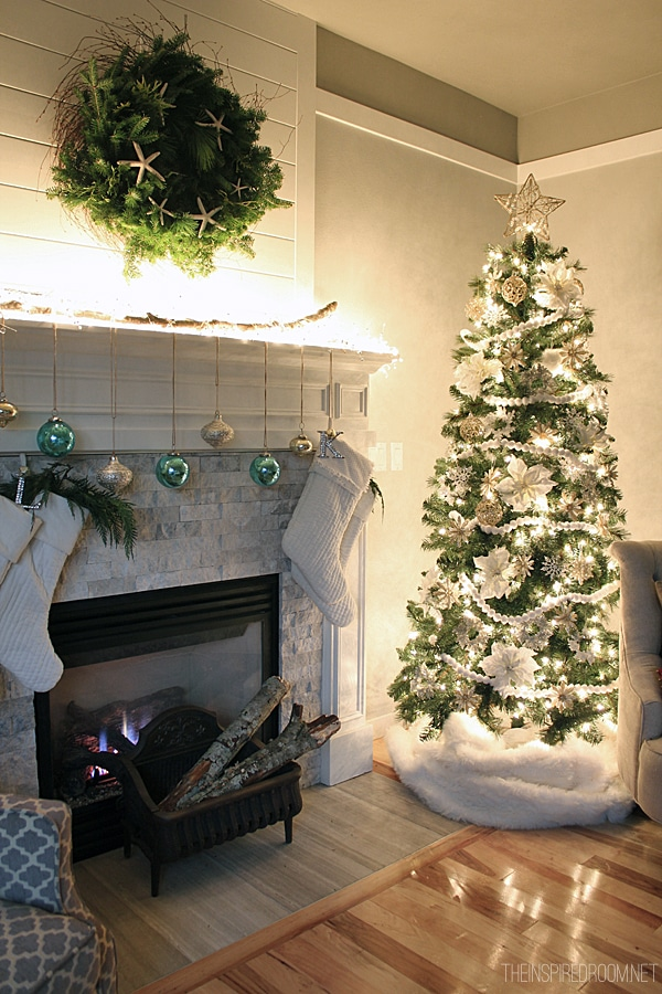 Christmas Mantel and Tree Night - The Insipred Room