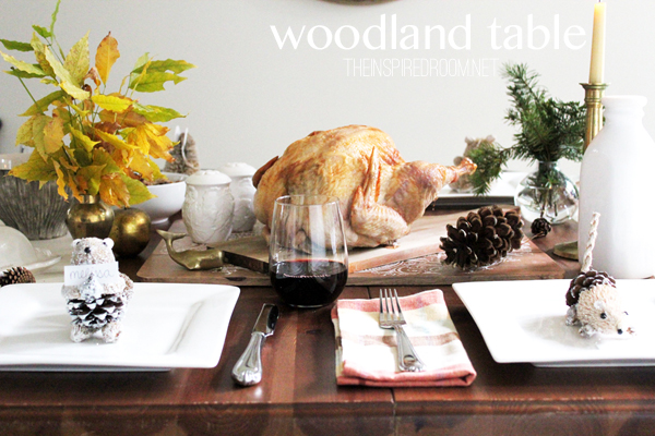 Simple Woodland Thanksgiving Table & Placecards
