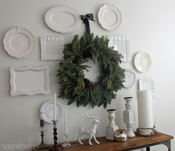 Seize the Whims: Random Act of Hanging Plates