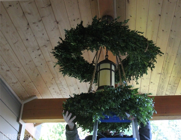 How to Make a Festive Boxwood Wreath Chandelier