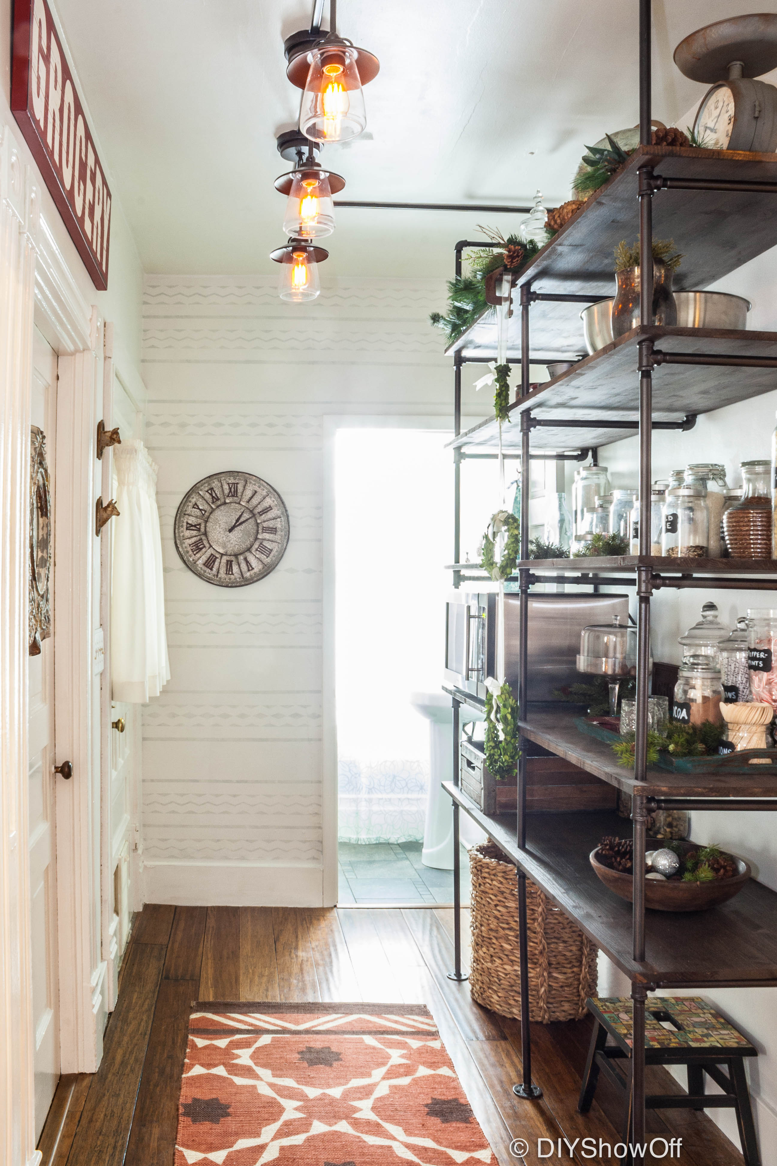 Pantry Room Makeover From DIY
