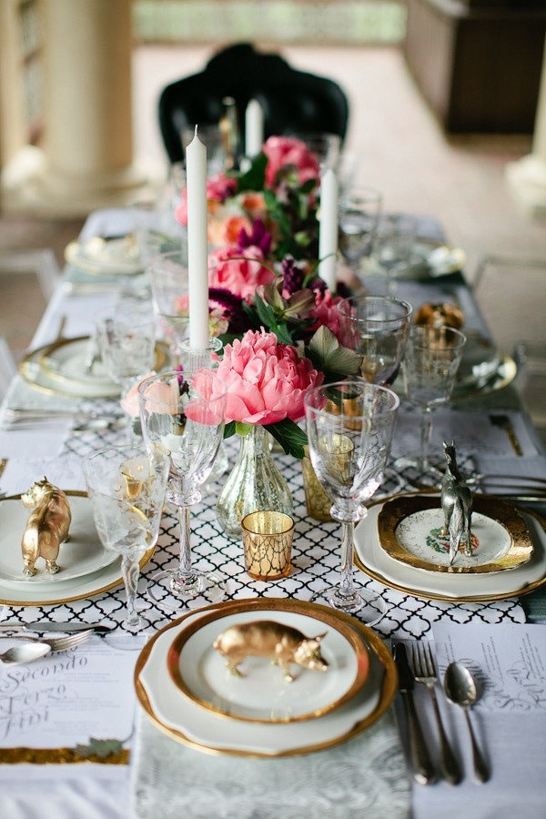 {Romance Week} Romantic Wedding Reception Inspiration