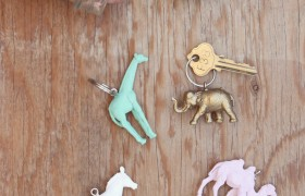 DIY Painted Plastic Keychain Animals