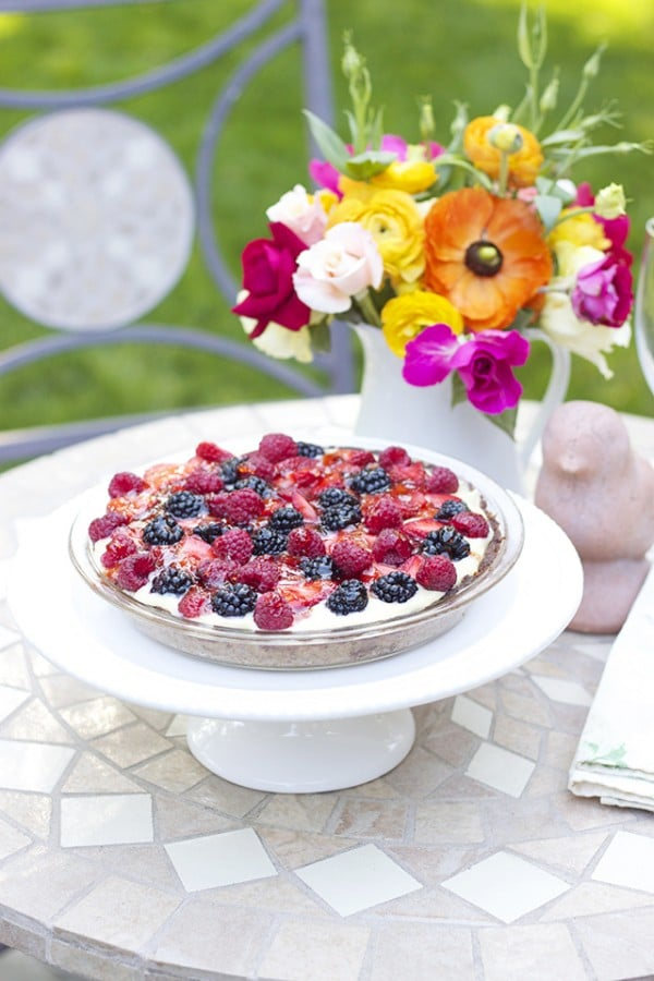 Delicious Fruit Tart Recipe and DIY Flower Arrangement