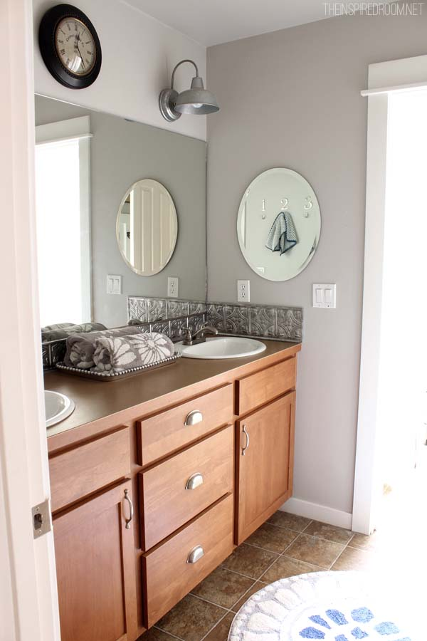 Bathroom Makeover {DIY Weekend Refresh}