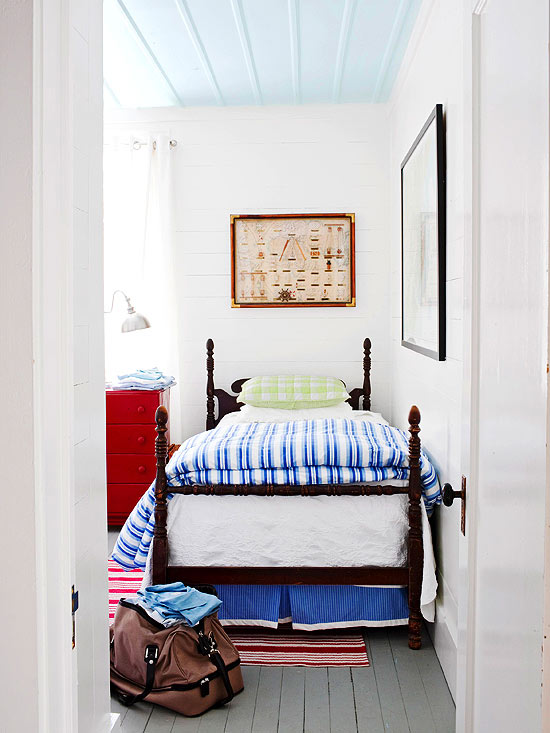 blue and red bedroom