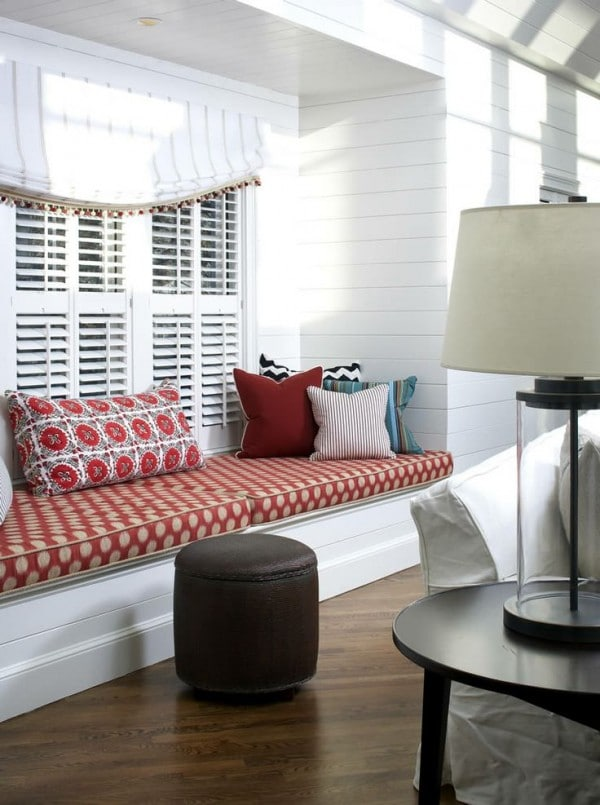 Red and White Window Seat - Terrat Elms - Marblehead Residence