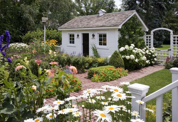 Secret Cottage Garden Traditional Home