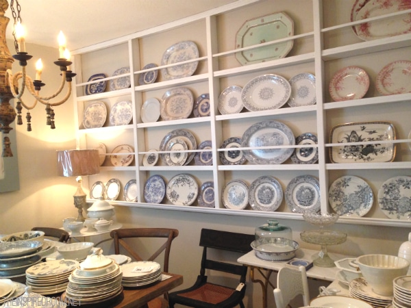 Wall of Plates at Sesame and Lilies in Cannon Beach