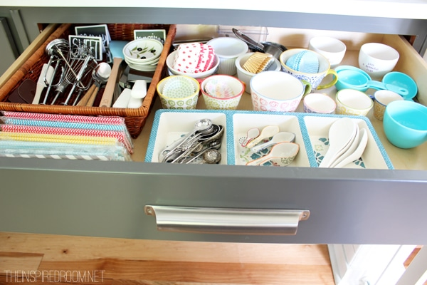 5 Minute Baking Drawer Organization {Using what you have!}