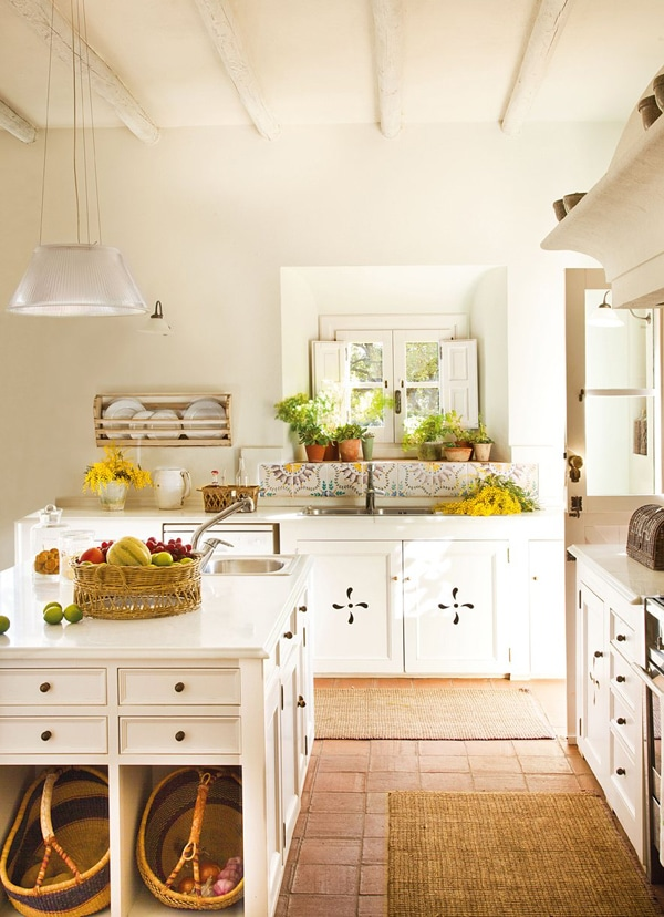 Farmhouse Country Kitchen 5 Take Away Tips The