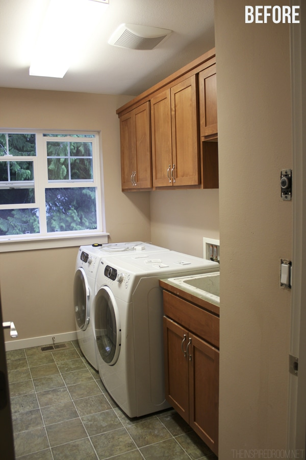 Laundry Room Before Pic