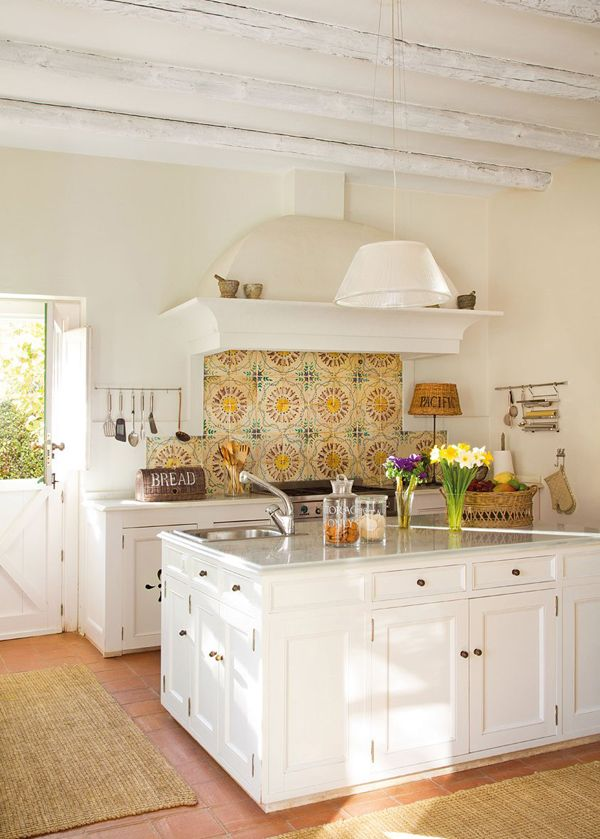 Farmhouse Country Kitchen {5 Take Away Tips}