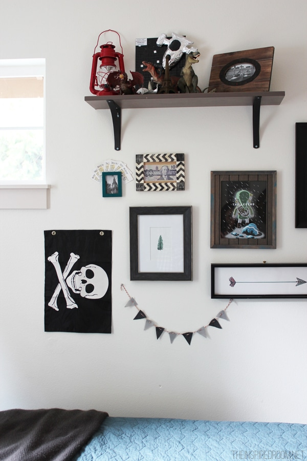 Teen-Boys-Room-Gallery-Wall-Decor