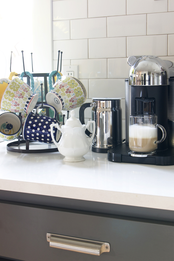 Coffee Station with Mug Rack
