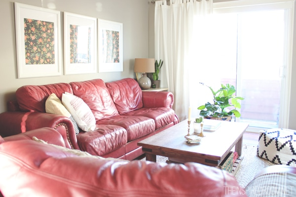 Luxury Decorating Ideas For Red Couch Living Room Image Collection ...