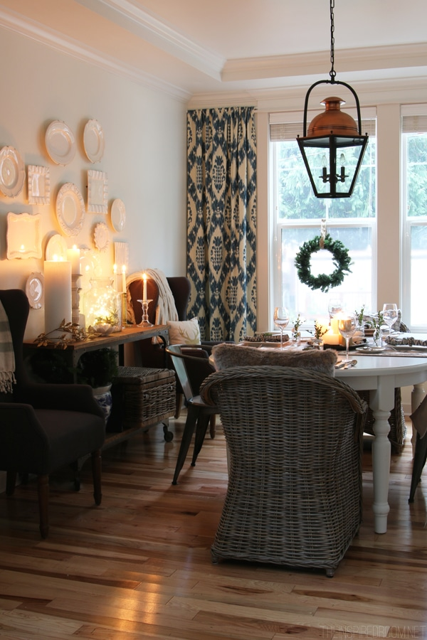 Simple Christmas Decorating in the Dining Room - The Inspired Room