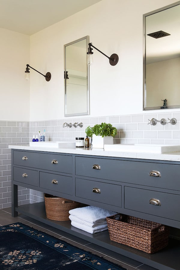 7 inspiring bathrooms the inspired room for Pretty bathrooms