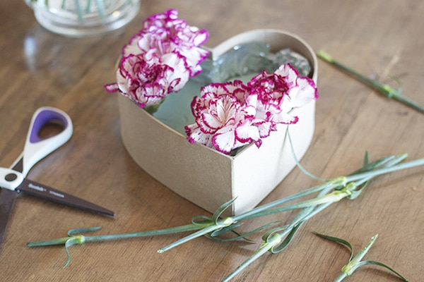 DIY Floral Heart Valentines Day Gift Idea The