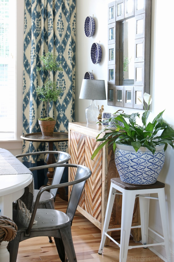 Dining Room Decorating - Hanging Plates on the Wall - The Inspired Room