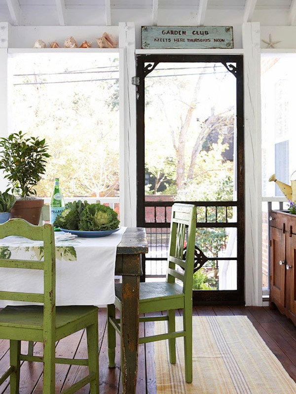 Indoor Porch Dining Table - White and Green