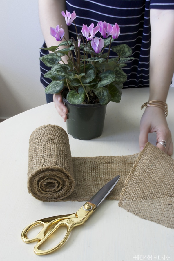 Simple DIY Burlap Flower Pot - The Inspired Room