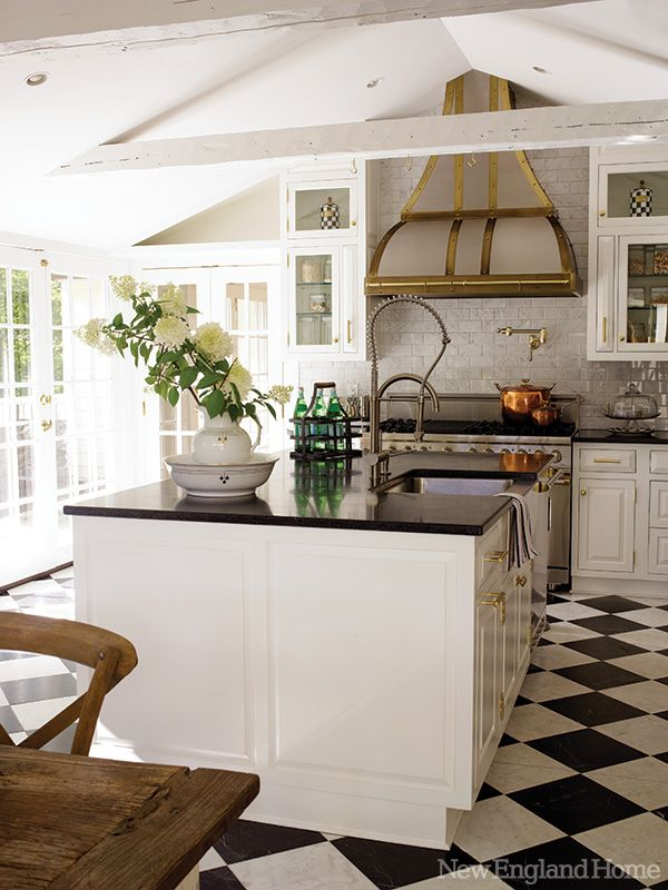 Beautiful Kitchen Design - Black and White Checkered Floors