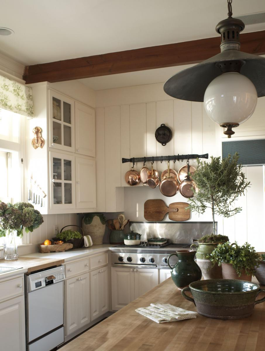 {Inspired By} Beautiful & Charming Kitchens