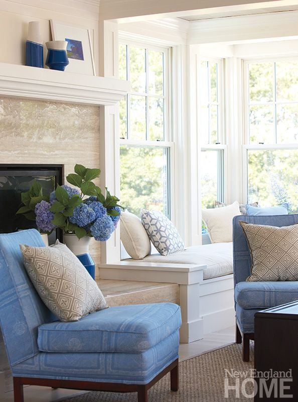 Pretty Window Seat - Corner Windows