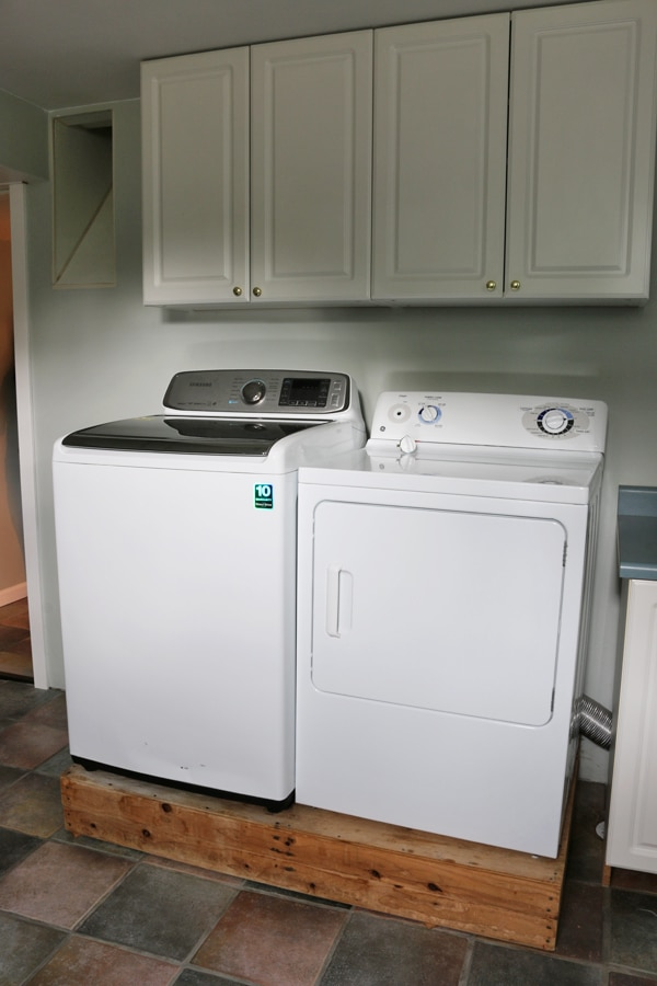 Laundry Room - Before Photo