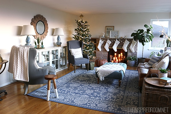 Christmas Family Room Decorating - The Inspired Room