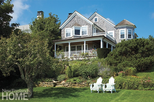 Shingled House on Marthas Vineyard - New England Home