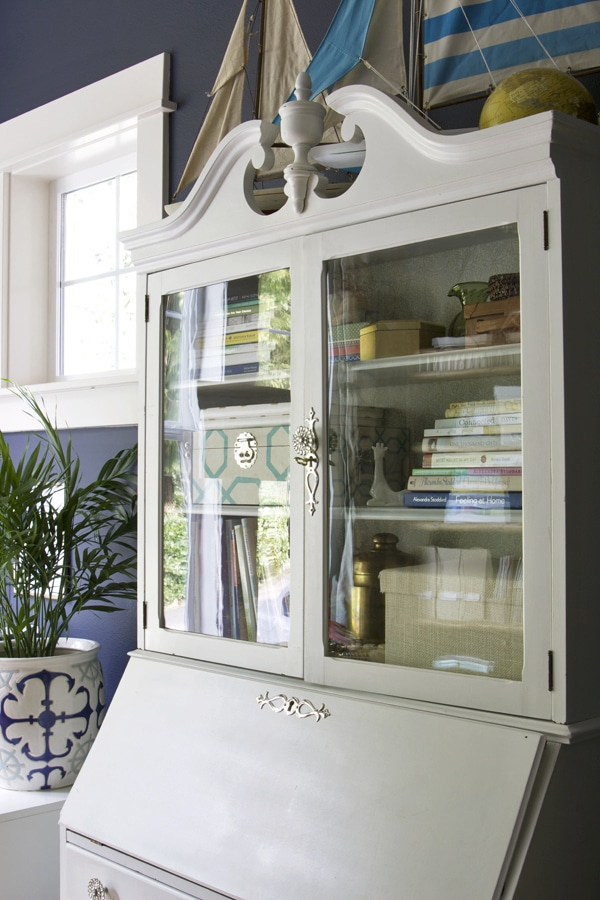 The Inspired Room Office - White Hutch - Hale Navy