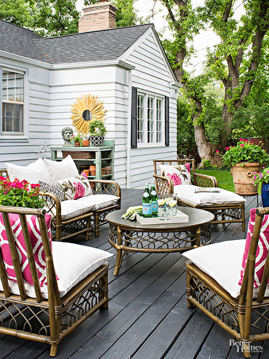 The inspired room voted readers 39 favorite top decorating for Decorating outdoor spaces