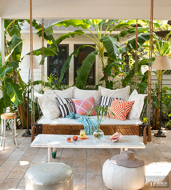{Inspired By} Outdoor Daybeds