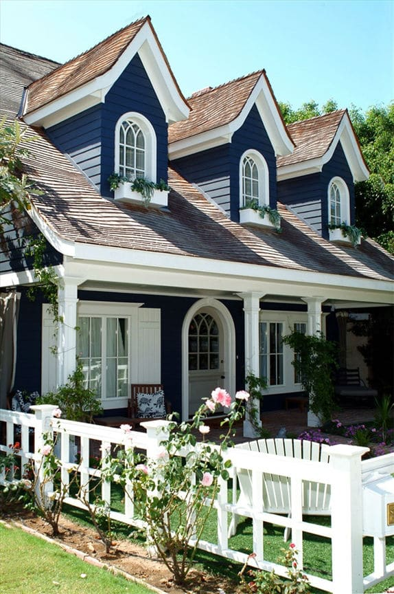 Navy Blue House with White Trim / AZEK Products