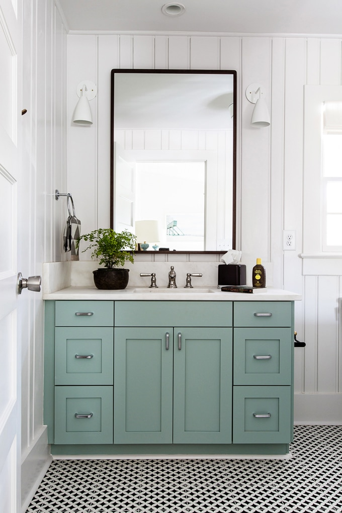 Kitchen, Bathroom & Curb Appeal {Monday Inspiration}