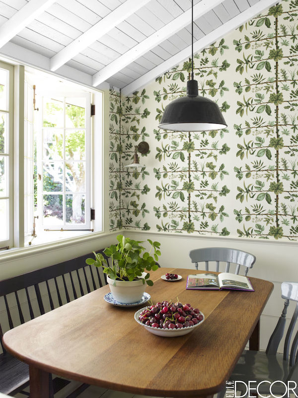 Green Botanical Wallpaper in Dining Room Nook - White Paneled Ceiling - Designed by Rita Konig - Wallpaper by Pierre Frey - Photo by Eric Piasecki