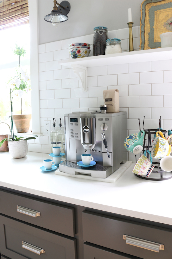"How to Create a Cozy Sips Station (+ Mug Roundup) ""class ="" wp-image-95006 ""srcset ="" https://theinspiredroom.net/wp-content/uploads/2016/05/Kitchen-Coffee-Station-The -Inspired-Room.jpg 600w, https://theinspiredroom.net/wp-content/uploads/2016/05/Kitchen-Coffee-Station-The-Inspired-Room-200x300.jpg 200w, https://theinspiredroom.net /wp-content/uploads/2016/05/Kitchen-Coffee-Station-The-Inspired-Room-400x600.jpg 400w ""sizes ="" (maximum width: 600px) 100vw, 600px ""data-jpibfi-post-excerpt ="" ""data-jpibfi-post-url ="" https://theinspiredroom.net/2019/09/12/how-to-create-a-cozy-sips-station-mug-roundup/ ""data-jpibfi-post- title = ""How to Make a Cozy Sips Station (+ Mug Roundup)"" data-jpibfi-src = ""https://theinspiredroom.net/wp-content/uploads/2016/05/Kitchen-Coffee-Station-The-Inspired -Room.jpg ""/>   <figcaption><em><a target="