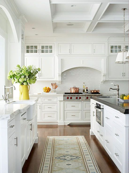 Covered Range Hood with Archway - Kitchen Design Ideas