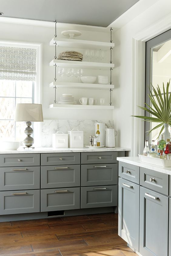 Kitchen open shelving the best inspiration tips the for Gray and white kitchen decor