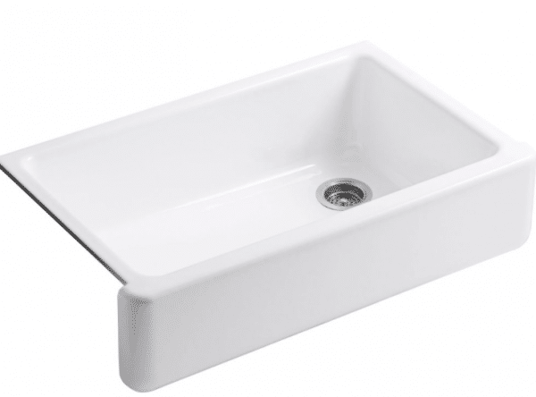 Kohler Whitehaven Apron front cast iron sink - Click through to the post for more inspiration on farmhouse sinks!