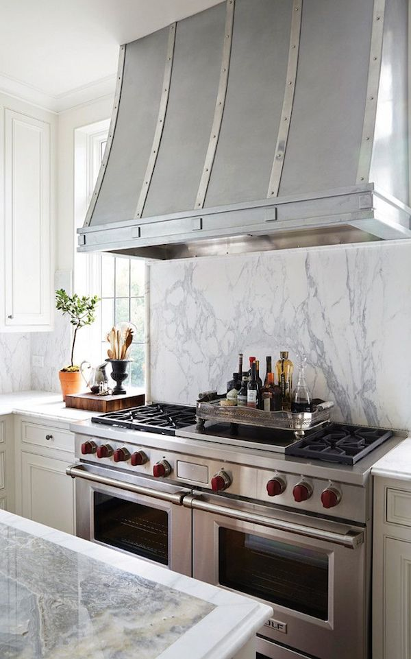 Covered Range Hood Ideas: Kitchen Inspiration